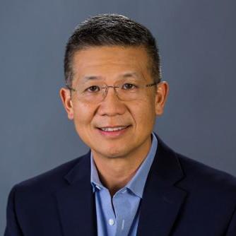 Roger Chen Headshot
